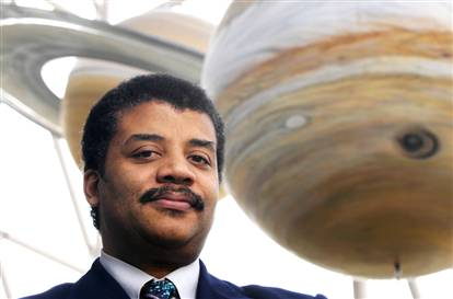 Dr. Neil deGrasse Tyson joins Lab Out Loud for our season finale.  Dr. Tyson is an author (most recently The Pluto Files and Death by Black Hole), has been described...