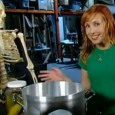 This week we discuss our favorite new science shows and talk to Mythbuster Kari Byron about her new show Head Rush on The Science Channel.  Airing after school and Saturdays,...